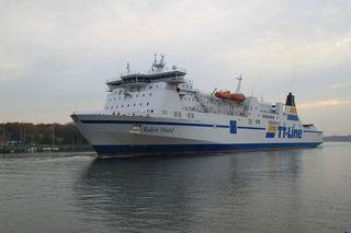 Fähre#1 - Schiff, Schifffahrt, Tourismus, Fähre, Auto, LKW, Transport, Überfahrt