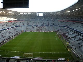 Allianz - Arena in München - Innenansicht - München, Allianz Arena, Fußballstadion, Innenraum, Innenansicht, FC Bayern München, München 1860, Bundesliga, Stadion, Fußball, Sport, Spiele