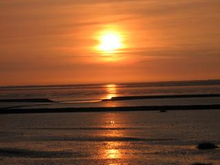 Sonnenuntergang - Meer, Watt, Sonnenuntergang, Weite, Sicht, Buhnen