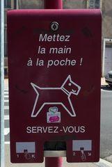 Hundetoilette #3 - Frankreich, civilisation, chien, WC, panneau, Hund, crotte de chiens, distributeur de sacs en plastique, déjections