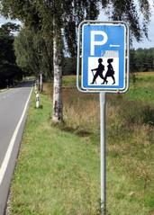 Wandererparkplatz - Parkplatzschild, Schild, Verkehrsschild, Wandererparkplatz, wandern, parken, Parkplatz, Richtzeichen