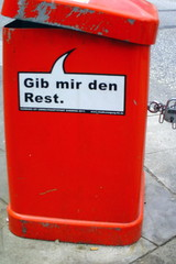 Mülleimer-Spruch 2 - Abfalleimer, Müll, Stadtreinigung, Abfallproblem, lustig, Witz, Sprachwitz, Slogan, Werbung, Humor, Sprechblase, Werbesprache