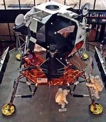 Mondlandefähre - Mondlandung, Raumfahrt, Raumfahrzeug, NASA, Fähre, technisch, Technik, Forschung, erforschen, Kosmos, Weltall