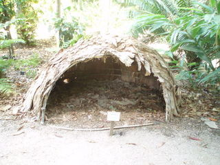 Aboriginal Hut - Aborigines, Aboriginal People, Australia