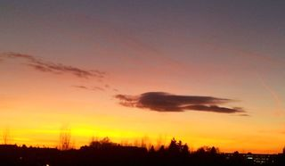 Sonnenuntergang #2 - Sonnenuntergang, Abendstimmung, Meditation, Schreibanlass, Wolke, Abendhimmel, Abendrot, Lichtstreuung, Optik, Physik