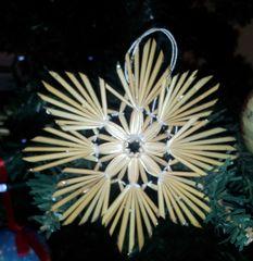 Strohsterne #2 - Strohstern, Stroh, basteln, Weihnachtsbastelei, Dekoration, Weihnachtsdekoration, Weihnachtsschmuck, Weihnachtsbaum, Fensterschmuck, Symmetrie, symmetrisch