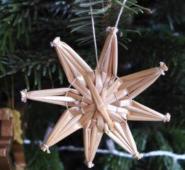 Strohsterne #5 - Strohstern, Stroh, basteln, Weihnachtsbastelei, Dekoration, Weihnachtsdekoration, Weihnachtsschmuck, Weihnachtsbaum, Fensterschmuck, Symmetrie, symmetrisch