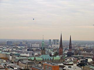 Hamburg - Blick über die Stadt - Hamburg, Hansestadt, Hanse, Kirche, Altstadt, deutsche Stadt, Michel, Aussicht