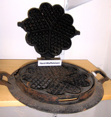 Waffeleisen - Waffeleisen, Waffeln, Form, Eisen, Gusseisen, backen, heiß