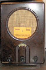 Volksempfänger Typ VE301 #1 - Volksempfänger, Radio, Radioapparat, 1933, Hitler, Nationalsozialismus, Propaganda, Sender, Mittelwelle, Langwelle, Feindsender, Weltkrieg, Strafe, Todesstrafe, Lautsprecher