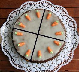Torte teilen #13 - Kuchen, Torte, Tortenstück, teilen, Teil, Teile, Hälfte, Viertel, Bruchrechnen, rechnen, Bruchteil, Brüche, Bruch, Winkel