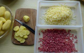 Kartoffelauflauf #3 - Kartoffelauflauf, Käse, Emmentaler, Schinken, Schinkenwürfel, Kartoffelgratin, Gratin