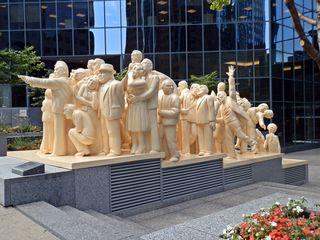 The Illuminated Crowd #2 - Canada, Kanada, Montreal, Skulptur, Kunst, Menschenmenge, Plastik, Gesichter, Gefühle, Ausdruck, Menschen, menschlich, symbolisch, Mimik, mimisch, Ethik