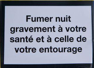 Warnhinweis auf französischer Zigaerettenschachtel #7 - rauchen, Krebs, Lungenkrebs, cancer, mortel, poumon, fumer, Gesundheitsschädigung, Umwelt, arrêter, santé