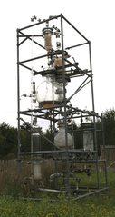 Destillationsanlage - Destillieren, Destillationsapparat, Trennverfahren, Trennmethode, Sieden, Verdampfen, Abkühlen, Kondensieren