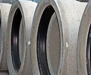 Was ist das #Technik - Baustelle, Rohr, Rohre, bauen, Material, rund, Abwasser, Stein, grau, Beton, Umfang, Mathematik, Durchmesser