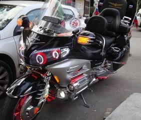Motorrad_Honda - Zweirad, Honda, Motorrad, Fahrzeug, Verkehr
