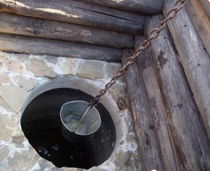 Ziehbrunnen_Russland - Brunnen, Wasser, arbeit, Last, tragen, Russland, Ziehbrunnen