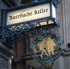 Ausleger *Auerbachs Keller* - Ausleger, Werbung, Gastronomie, Kultur, Literarischer Schauplatz