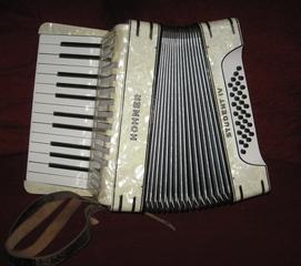 Akkordeon - Musik, Instrumente, Instrumentenkunde, Handzuginstrument, Tastatur, Konzertina