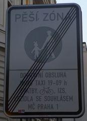 Verkehrsschild - tschechisch - Schild, Hinweis, Fußgängerzone