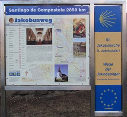 Übersichtsschild des Jakobsweges an St. Jakob in Bamberg - Jakobsweg, Pilgerreise, Santiago de Compostela
