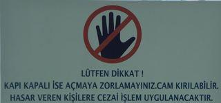 Warnhinweis #1 - türkisch - Hinweis, Verbot, Gefahr, Gefahrenhinweis, Warnhinweis