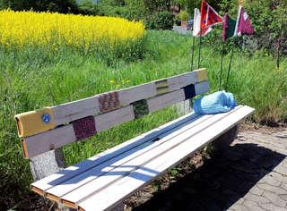 Urban Knitting #8 - stricken, häkeln, Kultur, Knitting, Graffiti, Kunst, Motiv, Impression, Motiv, warm, Wolle, Strickkunst, Objektkunst, Kunstobjekt, bunt, Verschönerung, Gemeinschaft