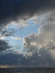 Wolkenformation - Wolken, Himmel, Wetter, Regen, Niederschlag, Graustufen, Stimmung