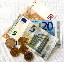 Euro 78,50 - Geld, Münzen, Münze, Scheine, Schein, Geldschein, Zahlen, bezahlen, Euro, Summe, Wechselgeld, wechseln, Währung, Daf