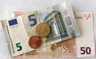 Euro 55,55 - Geld, Münzen, Münze, Scheine, Schein, Geldschein, Zahlen, bezahlen, Euro, Summe, Wechselgeld, wechseln, Währung, Daf