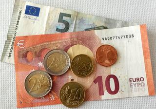 Euro 19,75 - Geld, Münzen, Münze, Scheine, Schein, Geldschein, Zahlen, bezahlen, Euro, Summe, Wechselgeld, wechseln, Währung, Daf