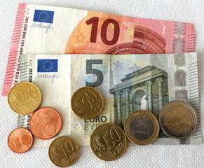 Euro 19,06 - Geld, Münzen, Münze, Scheine, Schein, Geldschein, Zahlen, bezahlen, Euro, Summe, Wechselgeld, wechseln, Währung, Daf