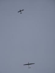 Segelflieger - Segelflugzeug, Thermik, Segelflieger, Flugzeug, Aerodynamik, Physik, Luft, Luftstrom, Wind, Wetter, Luftfahrzeug, motorlos, ohne Motor, Gleitflieger, gleiten, Schleppflugzeug, schleppen, Startart, Flugzeugtyp