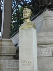Gustave Eiffel - Paris, Eiffelturm, tour Eiffel, Gustave Eiffel, Monument, statue