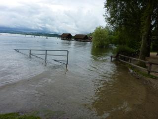 Hochwasser am Bodensee - Hochwasser, Überflutung, Überschwemmung, See, Bodensee
