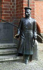 Hauptmann von Köpenick - Köpenick, Berlin, Geschichte, Deutsch, Kunst, Ethik, Skulptur, Deutschland, Bronze, Statue
