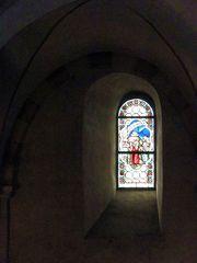 Glasfenster des Limburger Doms - Domfenster, Glasfenster, Kirche, Kirchenraum, Kirchenfenster, Brauchtum, Glaskunst, Mosaik, bunt, Fenster, Muster, Blick, Aussicht, Kunst, Verglasung, Bemalung, Bleiverglasung, Glaskunst Licht, Schatten, Lichteinfall, Perspektive