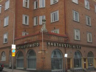 Bestattungsbüro - Gebäude, Sprachen, Finnisch, Tod, tot, Bestattung, Begräbnis, Geschäft, Finnland, Bestattungsbüro