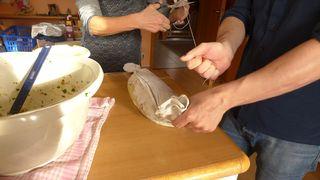 Serviettenknödel  #3 - Serviettenknödel, Knödel, Serviette, kochen, zubinden, Bindfaden, Serviettenklöße, Beilage, Mehlspeise