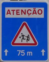 Verkehrsschild #2 - Atenção, Verkehrsschild, Vorsicht