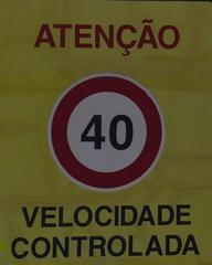 Verkehrsschild #1 - Geschwindigkeitsbegrenzung, Velocidade, controlar, Atenção