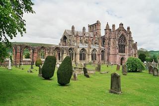 Melrose Abbey - Melrose Abbaye, Ruine, alt, verfallen, Abtei, Borders, Schottland, Friedhof, Gotik, Spitzbogen, Kloster