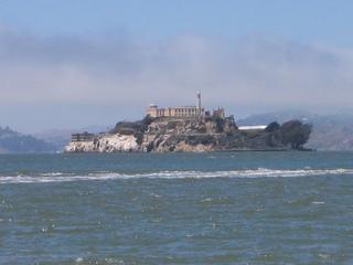 Alcatraz aus der Ferne - Alcatraz, Amerika, USA, Gefängnis, Kalifornien, San Francisco, Hochsicherheitsgefängnis, Insel