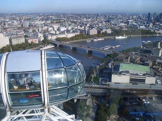 Waterloo Bridge - London Eye, Fahrgastkabine, Eisenbahnbrücke, Verkehrverbindung, Themse, Schiffe, London, England