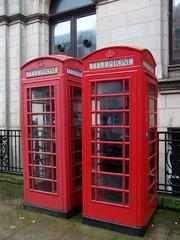 Englische Telefonzellen - Telefonzelle, englisch, rot, telephone box, phone box, Landeskunde UK, Telephone booths, Telephone Booth, telefonieren, Gespräch, Kommunikation, öffentlich, Münztelefon, Telefon, telefonieren