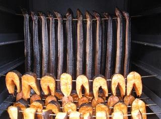 Fische räuchern  - 1 - Räuchern, Aal, Aale, Räucherofen, Lachs, haltbar, konservieren