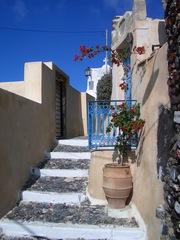 Santorini - Santorini, Griechenland, Hausaufgang, Tür, Treppe, Bougainvillea, Amphore, Perspektive, Fluchtlinie, blau