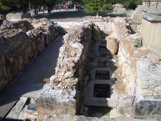 Palast von Knossos-Vorratskammern - Knossos, Kreta, Griechenland, minoische Kultur, Minotaurus, Vorratskammern, Amphore, Ruinen, dicke Mauern