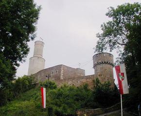 Felsburg  - Burg, Bergfried, Zwinger, Landgraf, Felsberg, Felsburg, drei Burgenland, Turm, Fahnen